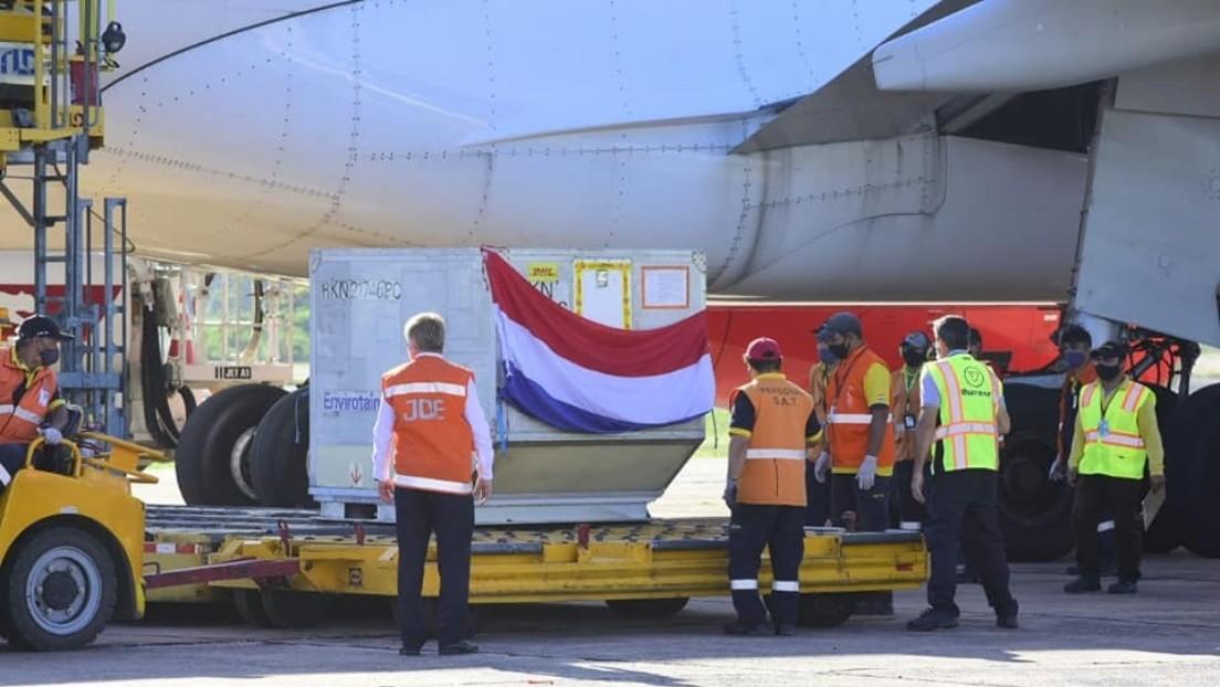 Paraguay recibe el primer cargamento de la vacuna rusa Sputnik V contra el covid-19