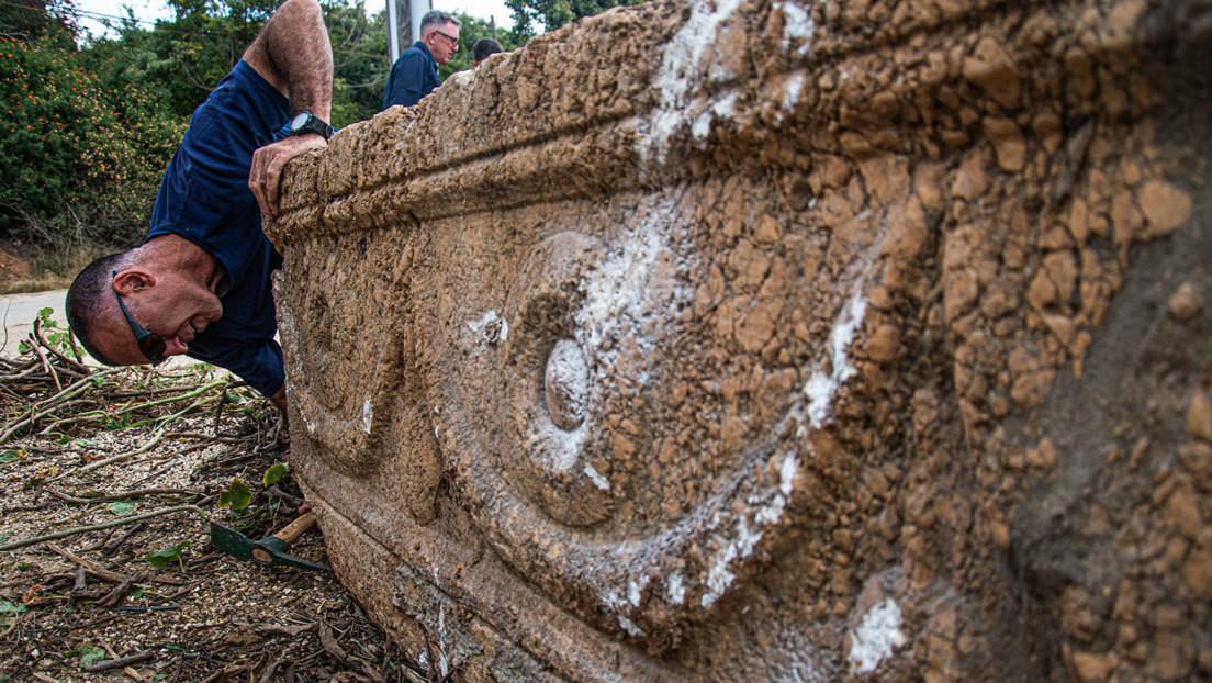 VIDEO: Unos constructores hallan dos sarcófagos de 1.800 años de antigüedad en Israel
