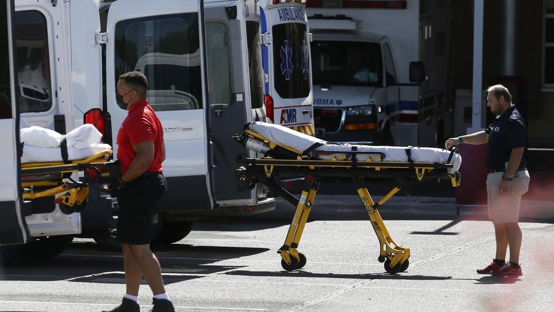 FOTO: The New York Times representa con casi 500.000 puntos a cada víctima del covid-19 en EE.UU.