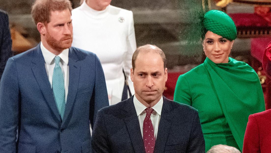 """El príncipe Guillermo está """"triste y conmocionado"""" por el comportamiento de su hermano y Meghan Markle"""