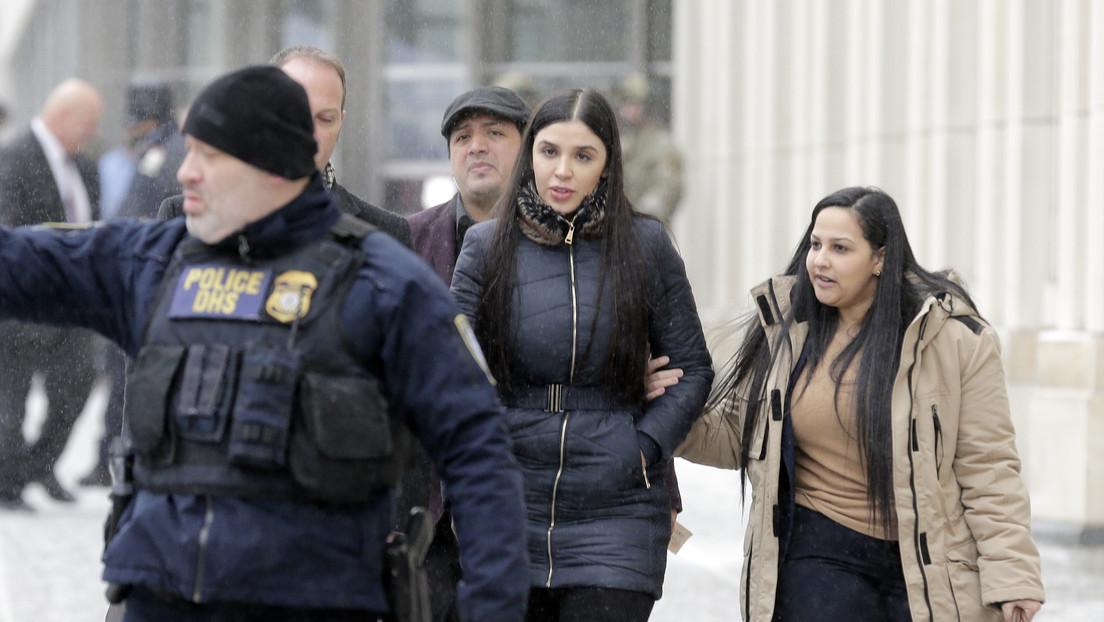 Jueza ordena la detención temporal de Emma Coronel durante su audiencia ante una Corte federal en EE.UU.