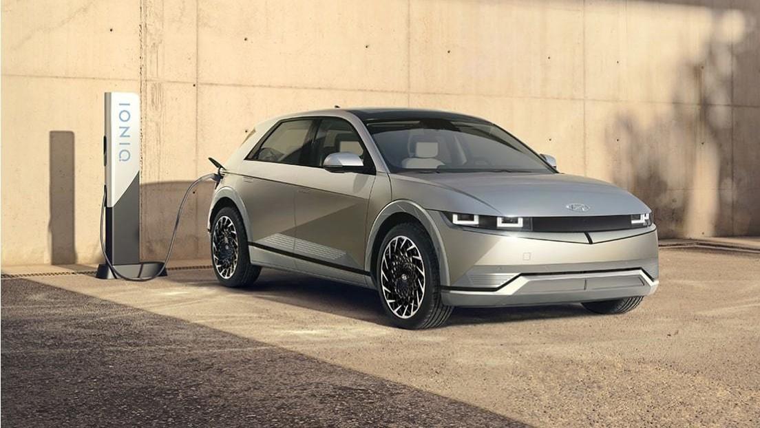 """Hyundai presenta su nuevo vehículo eléctrico Ioniq 5 con una carga ultrarrápida que """"redefine el estilo de vida de la movilidad eléctrica"""""""