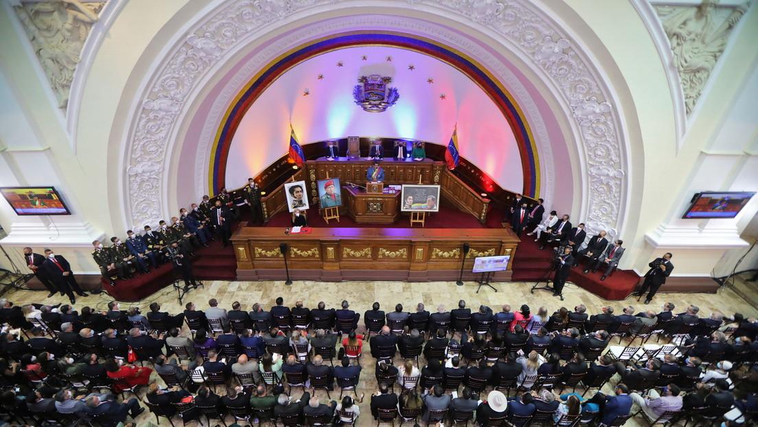 Parlamento venezolano pide al Ejecutivo declarar 'persona non grata' a la representante de la UE en Caracas
