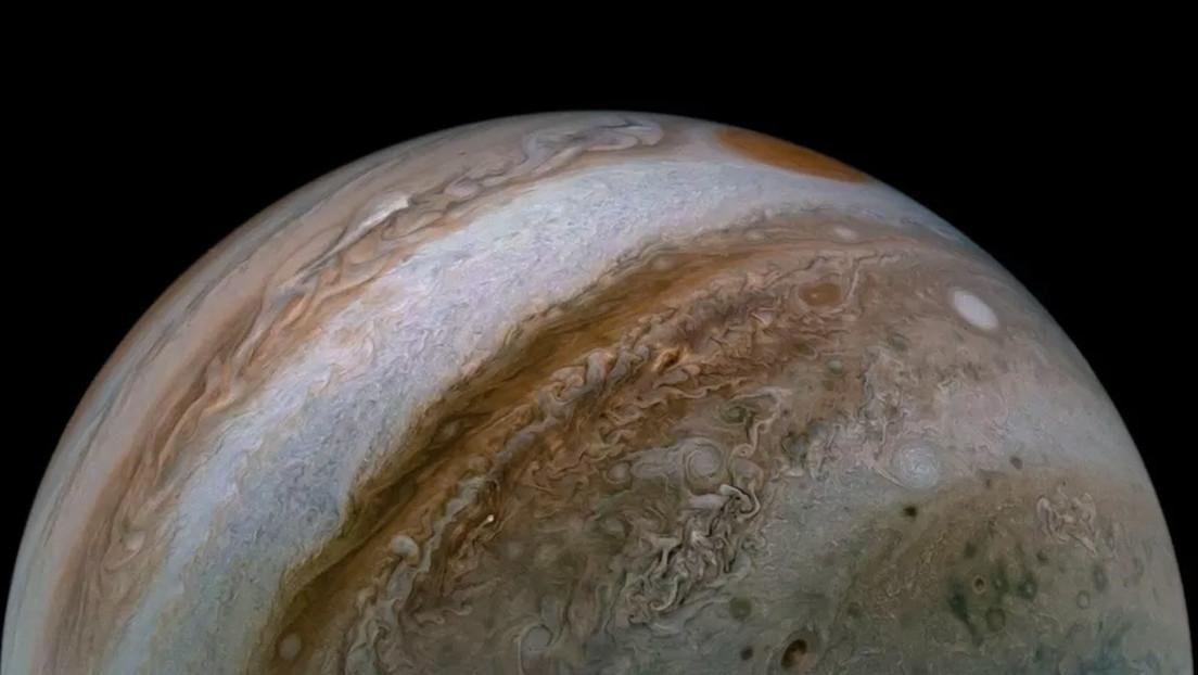 Astrónomos detectan accidentalmente una brillante explosión de un meteoro en la atmósfera de Júpiter