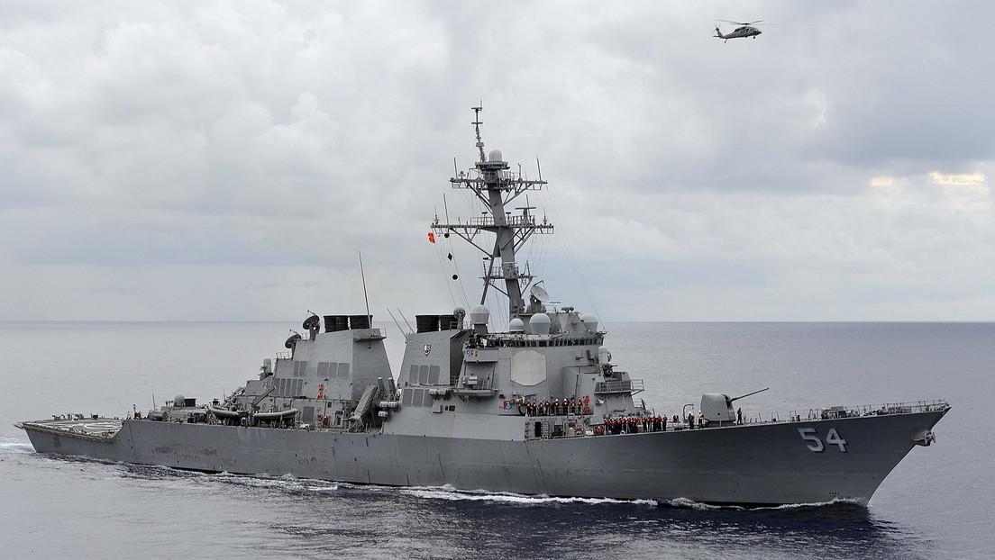 """Pekín afirma que Washington """"socava la estabilidad"""" regional luego que un buque de guerra estadounidense navegara por el estrecho de Taiwán"""