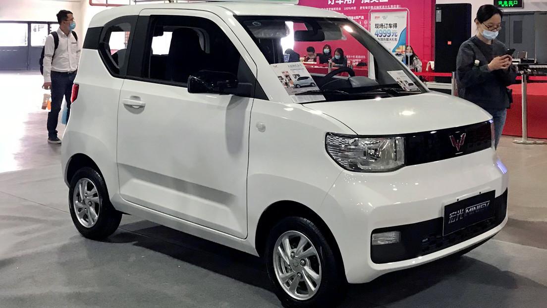 Este vehículo eléctrico económico se vende en China dos veces más que los autos de Tesla