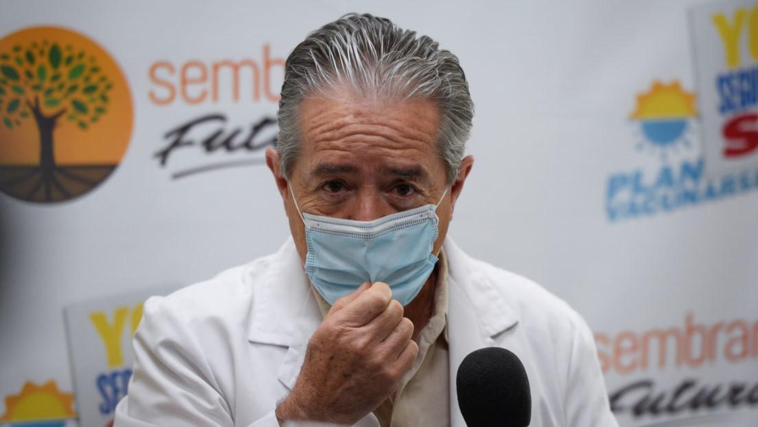 Renuncia el ministro de Salud de Ecuador tras las denuncias sobre el plan de vacunación contra el covid-19