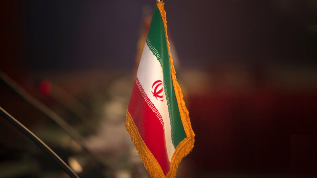 """Teherán condena el ataque aéreo de EE.UU. contra fuerzas proiraníes en Siria y lo tacha de """"agresión ilegal"""" que viola el derecho internacional"""