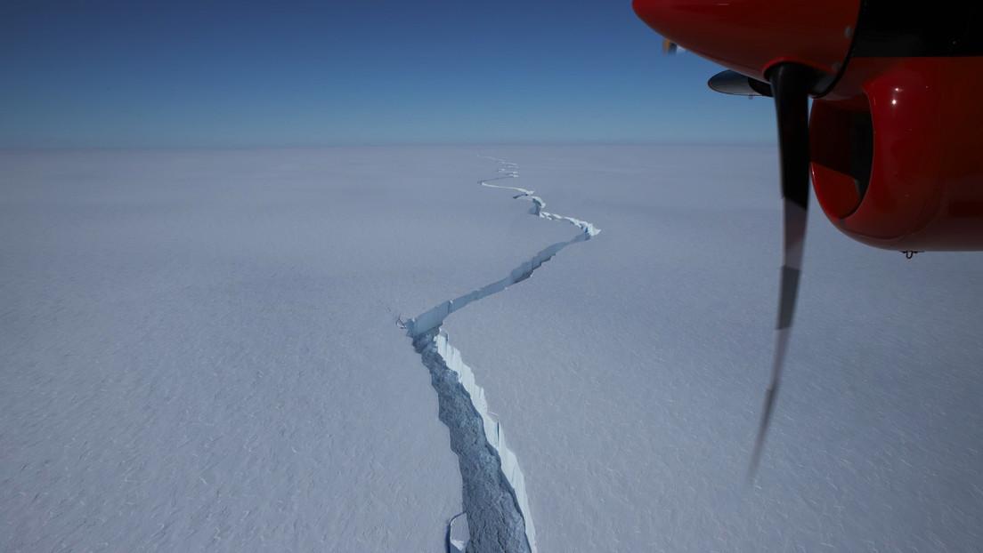 Un enorme iceberg, del doble del tamaño de Madrid, se desprende de la Antártida (VIDEO)