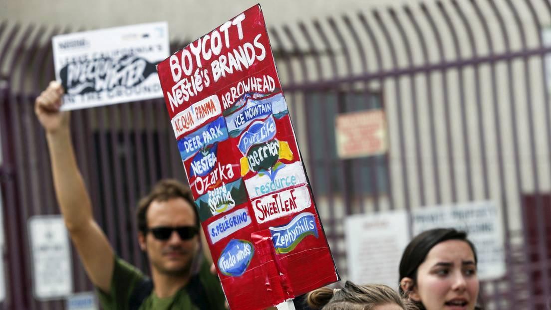 Demandan en EE.UU. a Nestlé, Mars, Hershey y otros gigantes alimenticios por incurrir en trabajo infantil en plantaciones de cacao