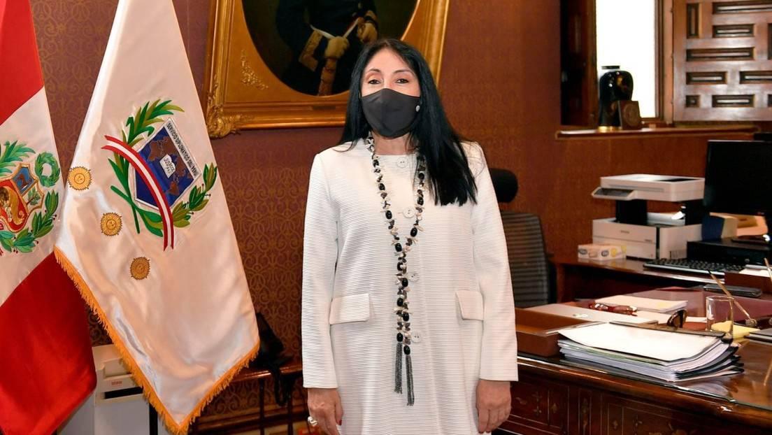 Resultado de imagen para ministra peruana de relaciones exteriores renuncia tras vacunarse con sinopharm