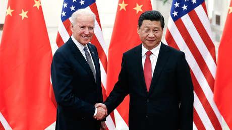 """Biden dice que """"Xi Jinping no tiene un hueso democrático en el cuerpo"""" y afirma que no colaborará con él tal como lo hizo Trump"""