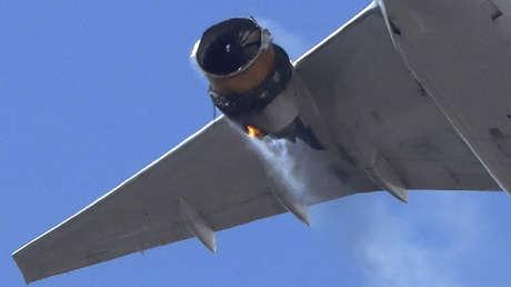 VIDEO: El motor de un Boeing 777 incendiado en pleno vuelo en EE.UU.