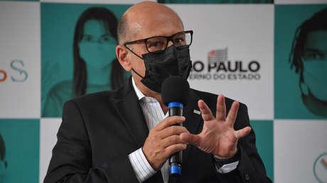 Científico afirma que la situación en Brasil podría empeorar porque las nuevas variantes del covid-19 son hasta 50 % más contagiosas