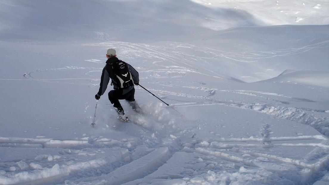 Un hombre sufre un paro cardíaco de 40 minutos en una competición de esquí (y sobrevive para contarlo)