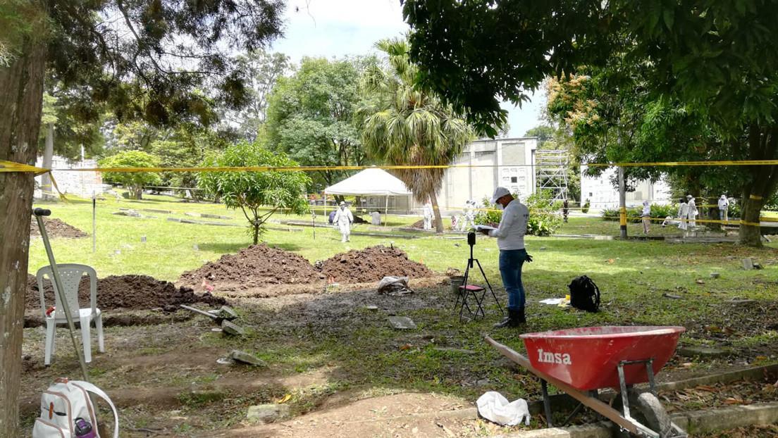 """Hallan en un cementerio de Colombia 906 cuerpos que podrían corresponder a víctimas de desaparición forzada y """"falsos positivos"""""""