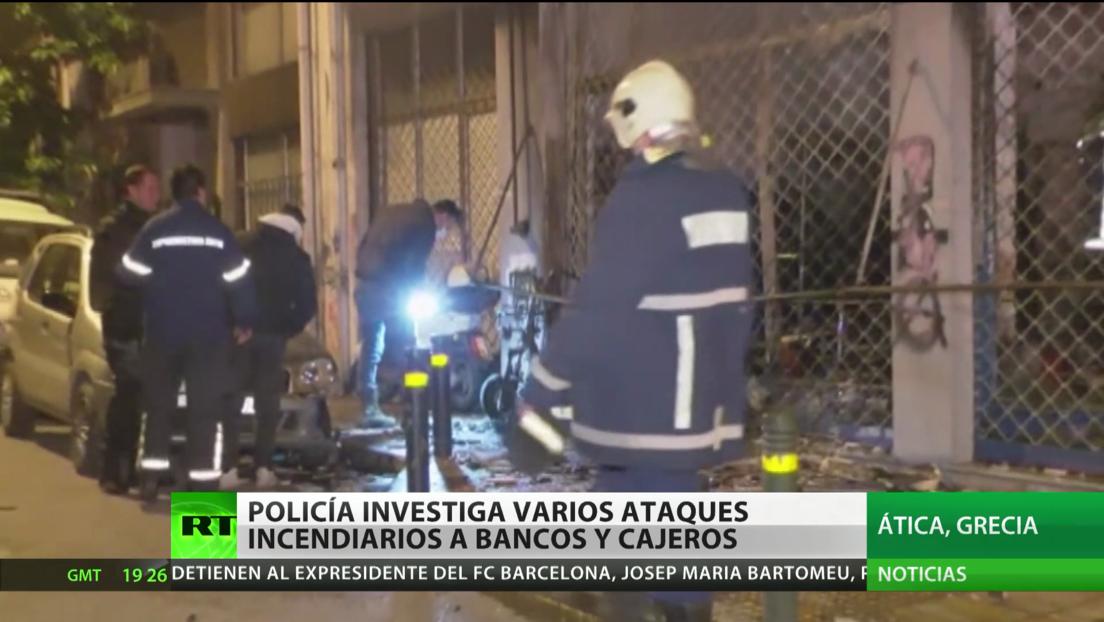 Grecia: Policía investiga ataques incendiarios a bancos y cajeros