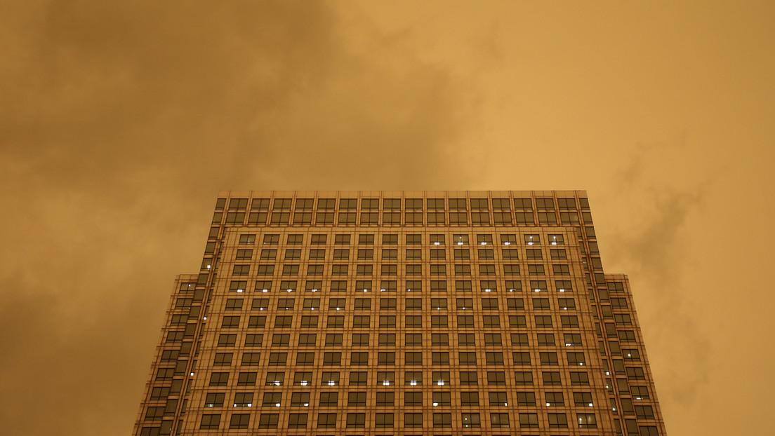 """""""Como un bumerán"""": el polvo sahariano devuelve a Francia la radiación de sus pruebas nucleares de hace 60 años"""