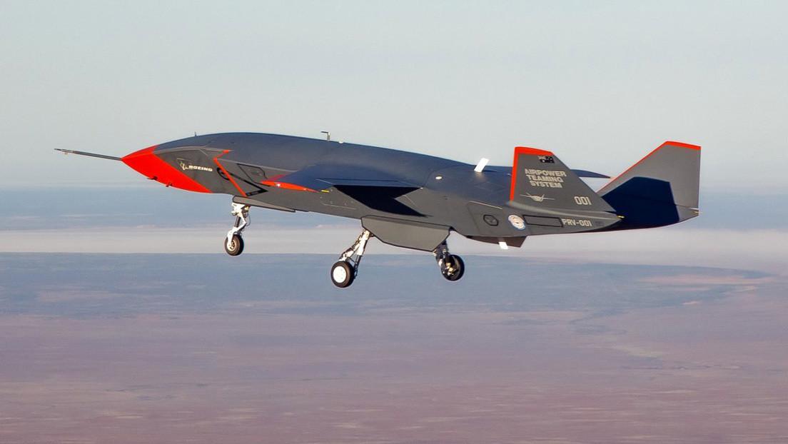 VIDEO: Vuelo inaugural del dron militar con inteligencia artificial Loyal Wingman de Boeing