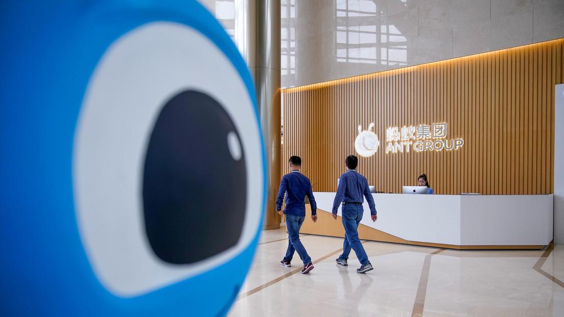 Bloomberg: Empleados de la empresa Ant Group de Jack Ma renuncian debido a la paralización de su salida a bolsa