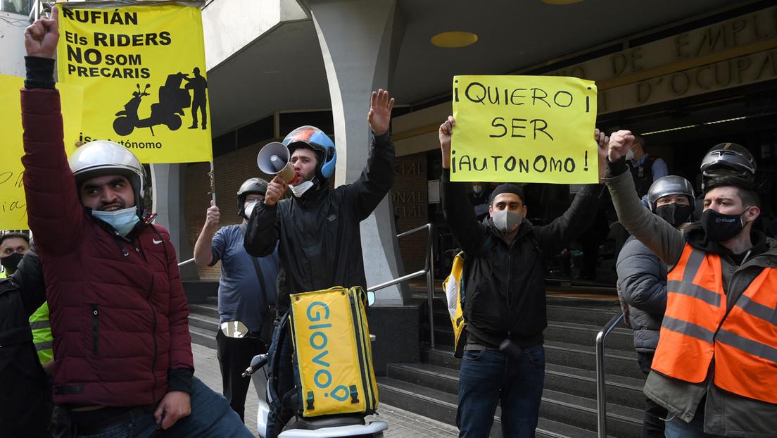 ¿Autónomos o asalariados? Por qué los 'riders' en España se han dividido en dos bandos enfrentados