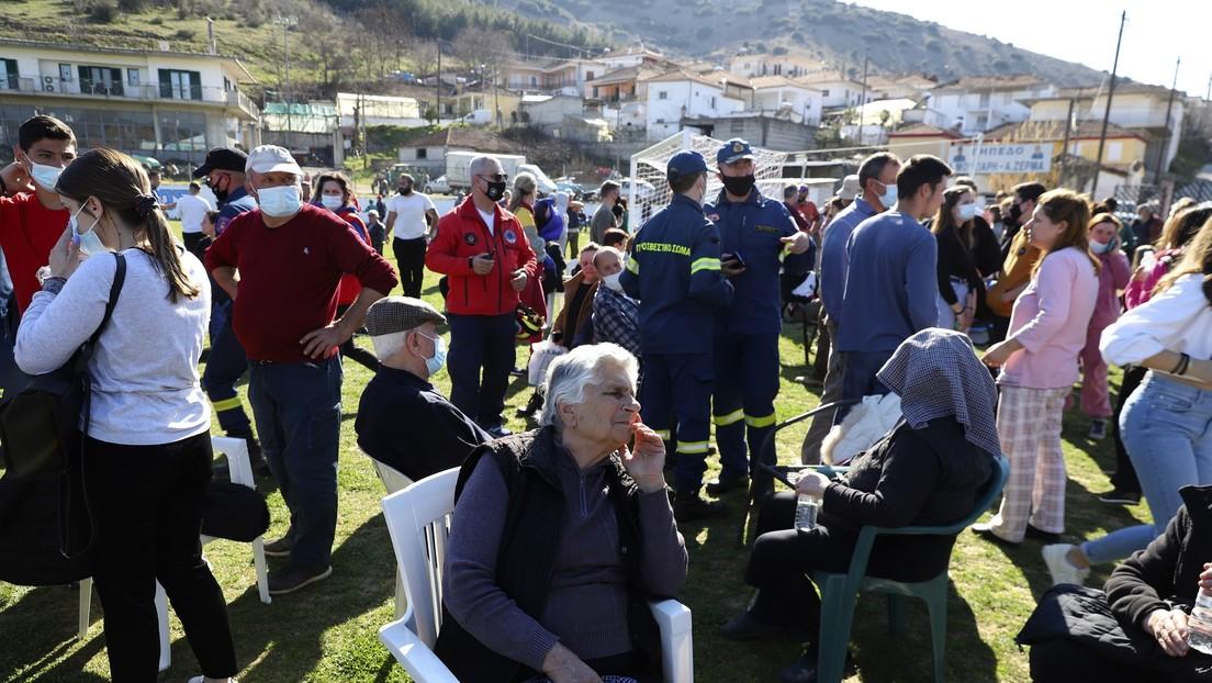 VIDEOS: Primeras imágenes de los efectos del terremoto de magnitud 6,3 que ha sacudido Grecia