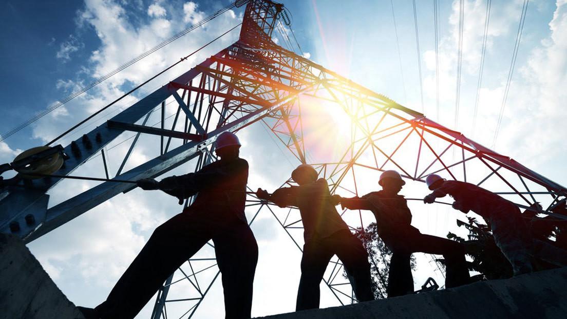 Renegociar contratos y garantizar la seguridad energética: claves para entender la reforma a la ley eléctrica aprobada por el Senado de México