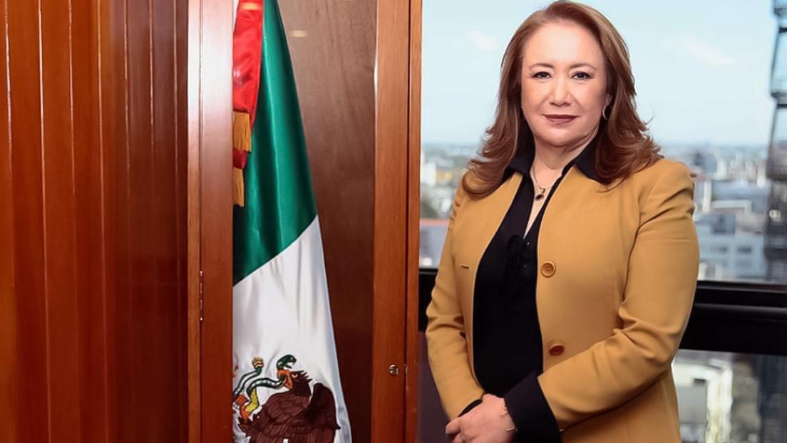 """Una ministra de la Suprema Corte de México envuelta en polémica por tener casa en EE.UU. y estar señalada de hacer """"turismo de vacunas"""""""