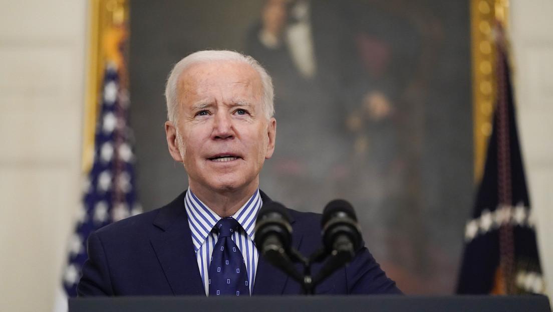 Biden anuncia que este mes comenzarán los pagos directos de 1.400 dólares a los estadounidenses
