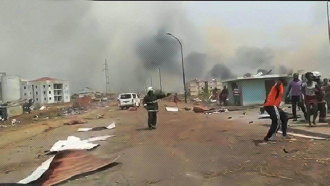 VIDEOS: Se registran múltiples y fuertes explosiones en la ciudad de Bata en Guinea Ecuatorial