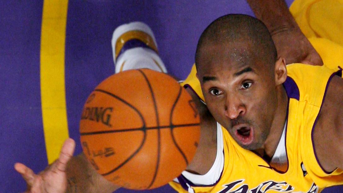 Venden una tarjeta coleccionable de Kobe Bryant por casi 1,8 millones de dólares