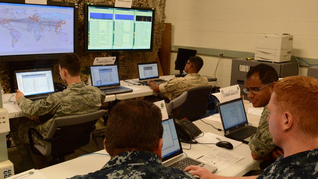 """NYT: EE.UU. planea llevar a cabo una serie de ciberataques """"clandestinos"""" contra Rusia combinados con sanciones económicas"""