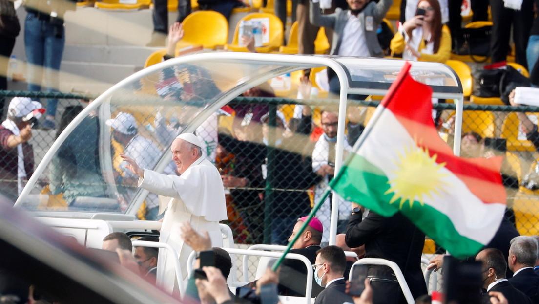 """El papa Francisco en Irak: """"Dios tiene la última palabra, no el terrorismo y la muerte"""""""
