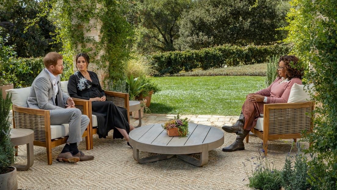 Los memes sobre la serie 'The Crown' llenan Twitter tras la reveladora entrevista del príncipe Enrique y Meghan Markle