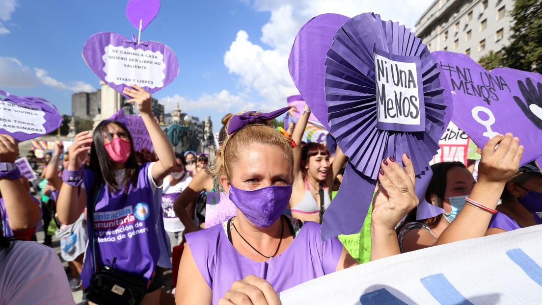VIDEO: Miles de mujeres se movilizan en las calles de Buenos Aires para conmemorar el 8M en Argentina