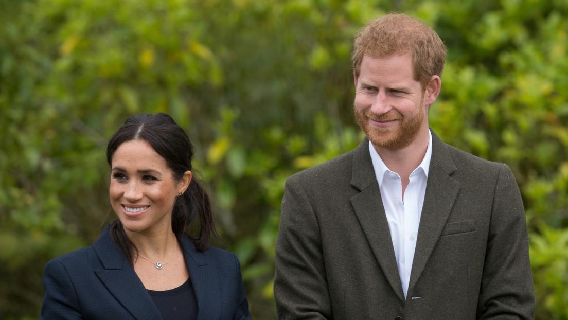 FOTO: Exfutbolista británico comenta la entrevista del príncipe Enrique y Meghan Markle, un tuitero le responde con este meme y termina bloqueado