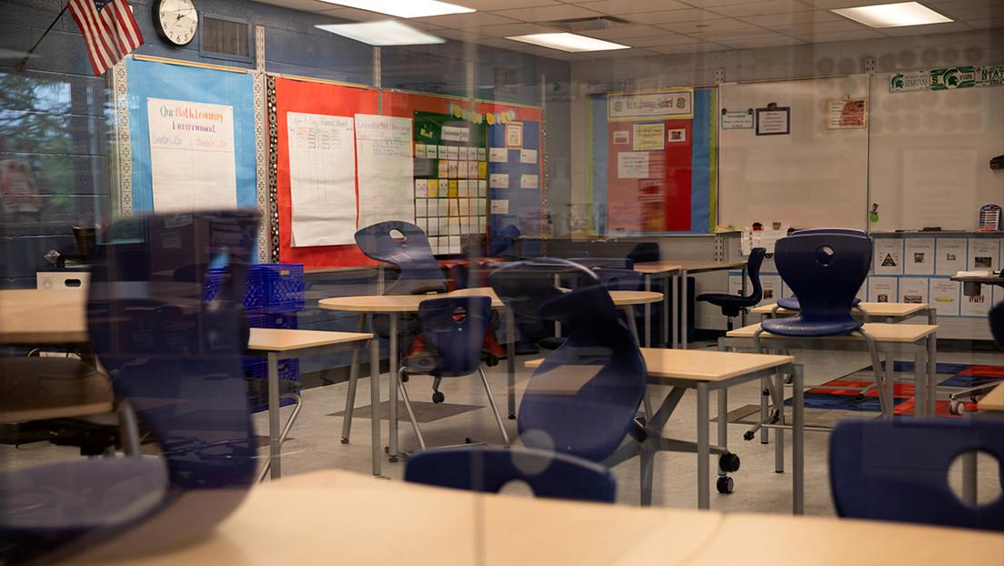 """Un adolescente estadounidense detona por """"accidente"""" un explosivo casero al interior de un aula  hiriendo a cuatro compañeros"""