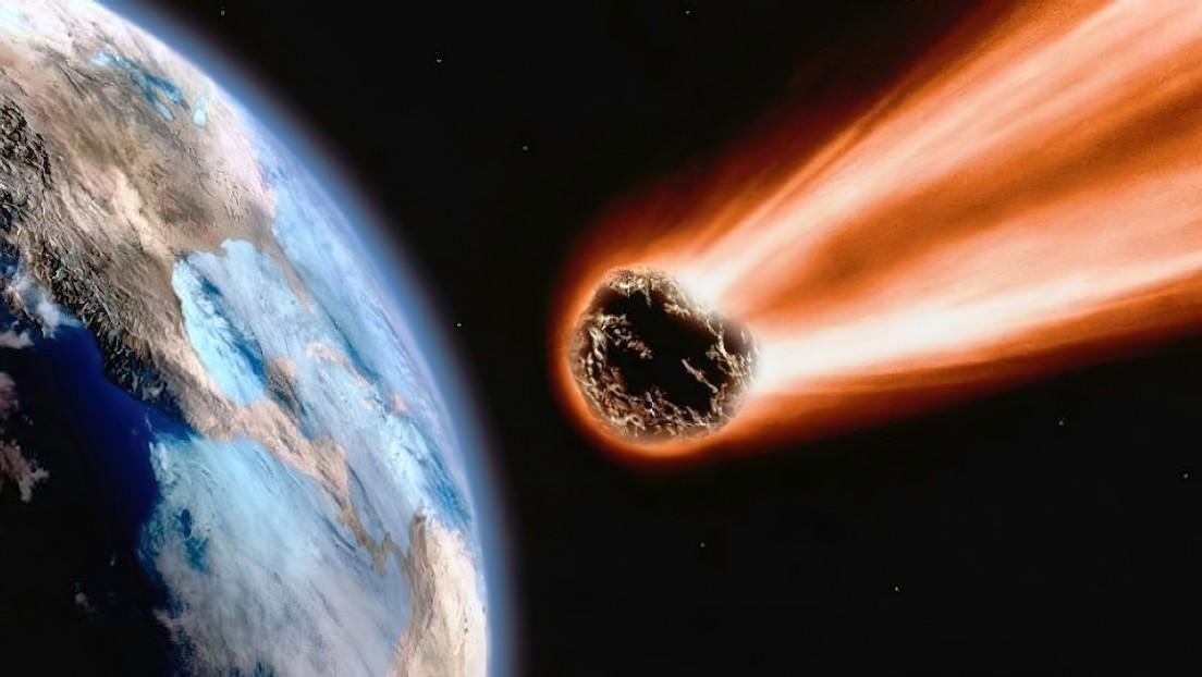 VIDEO: Un meteoro del tamaño de una bola de 'bowling' explota en el cielo tras liberar una energía equivalente a 200 kilos de TNT