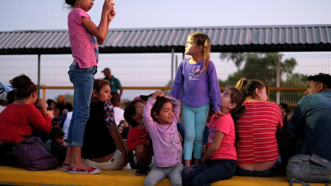 EE.UU. reinicia el programa para reunir a menores centroamericanos con sus padres residentes en territorio estadounidense