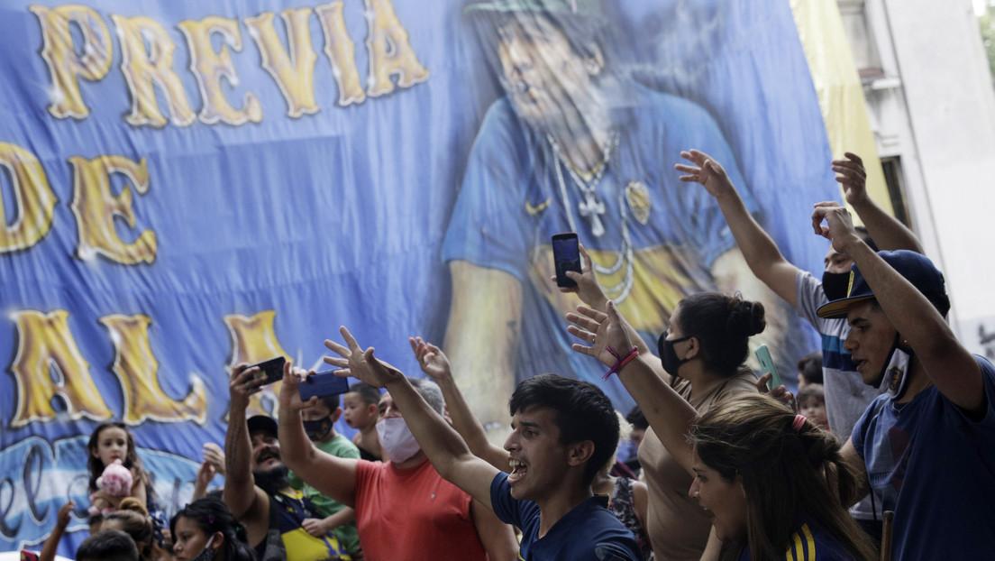 VIDEO: Las hijas de Maradona encabezan una marcha en Buenos Aires para exigir Justicia por la muerte del '10'