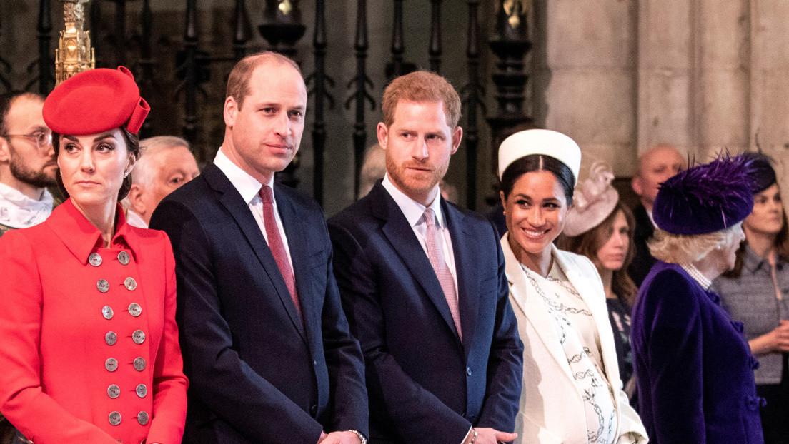 """El príncipe Guillermo niega que la familia real británica sea """"racista"""" tras la polémica entrevista del príncipe Enrique y Meghan Markle"""