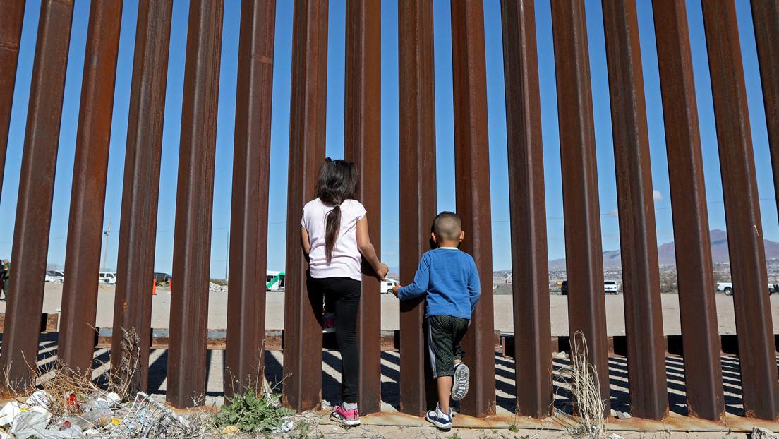 El número de migrantes menores no acompañados detenidos en la frontera sur de EE.UU. alcanza cifras récord