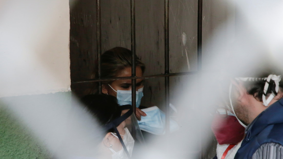 Decretan detención preventiva de 4 meses para Jeanine Áñez y dos de sus exministros en Bolivia