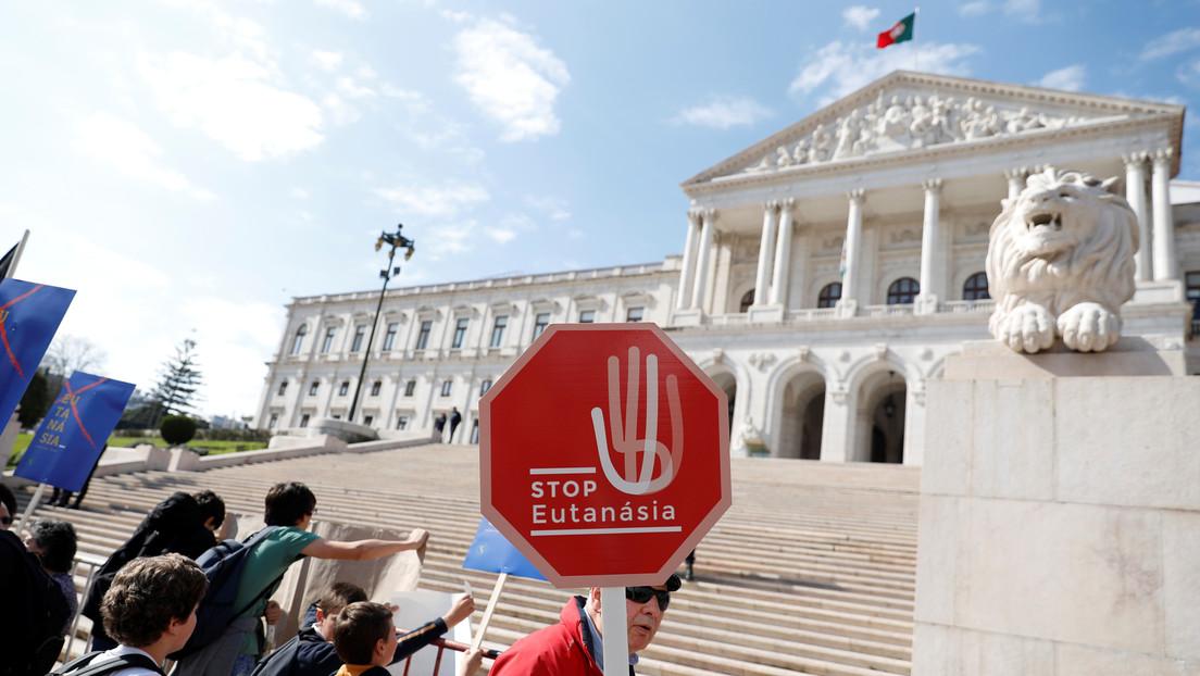 El Tribunal Constitucional de Portugal revoca la ley de la eutanasia