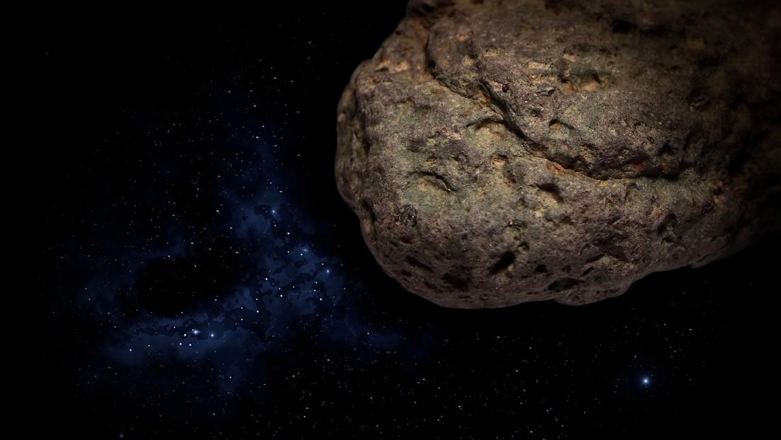 Un asteroide del tamaño de un avión pasa cerca de la Tierra (y lo siguen tres más)