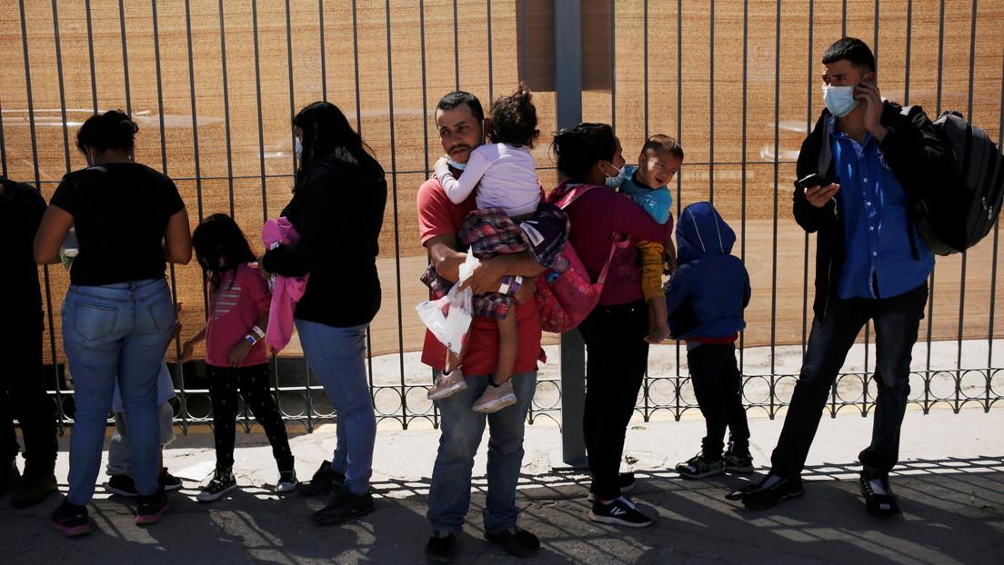 """En medio de una nueva oleada en la frontera, Biden insta a los migrantes: """"No vengan"""""""
