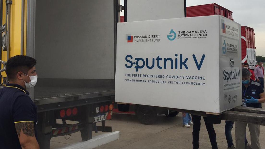 Aterriza en Buenos Aires el séptimo vuelo de Aerolíneas Argentinas con 330.000 dosis de la vacuna rusa Sputnik V