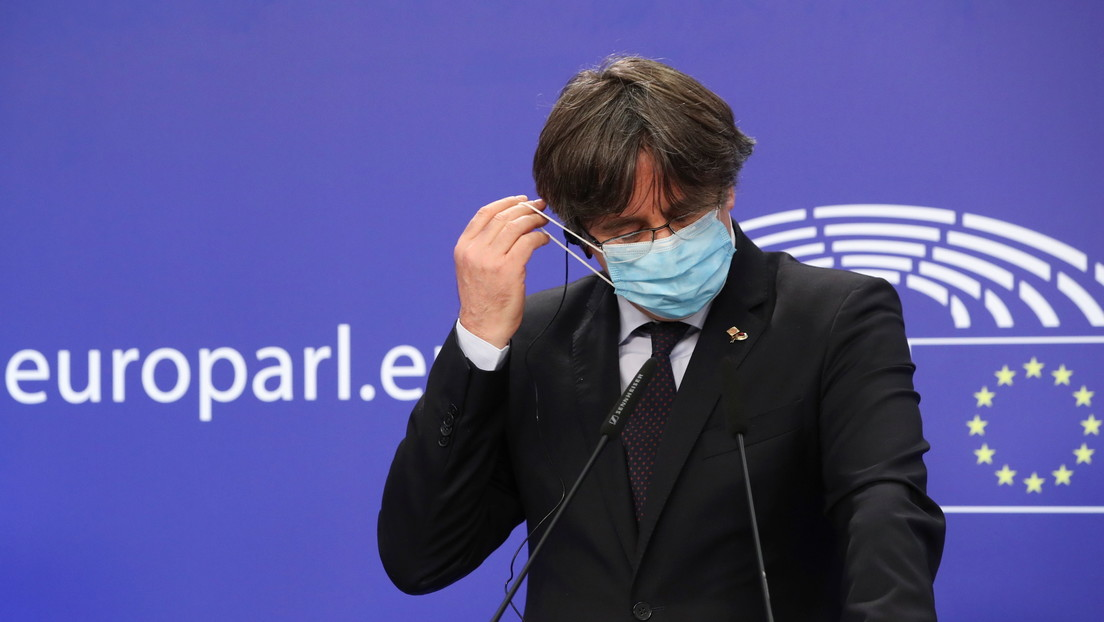 """Puigdemont a RT: """"Levantar la inmunidad a eurodiputados catalanes socava la autoridad moral de la UE"""""""