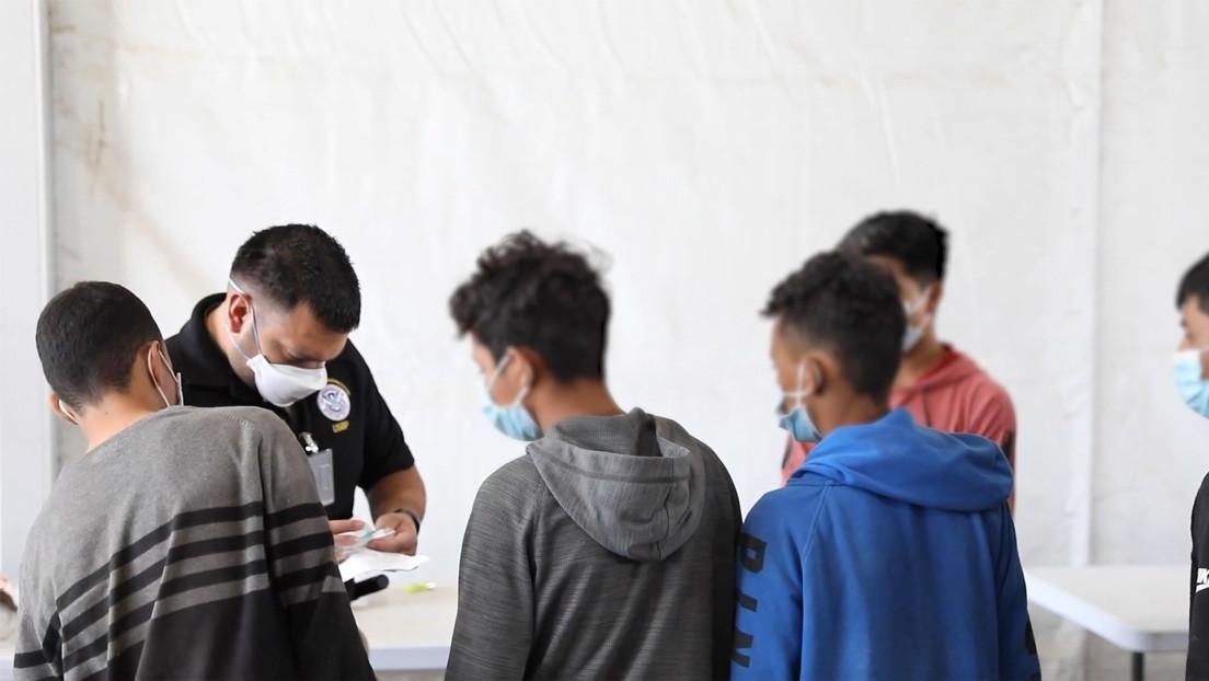 EE.UU. difunde videos con niños migrantes en centros de detención, en medio de la crisis por el aumento del flujo migratorio centroamericano