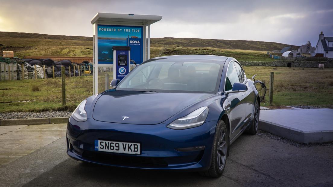 La primera estación de carga de autos eléctricos del mundo que usa energía de las mareas abre en Escocia